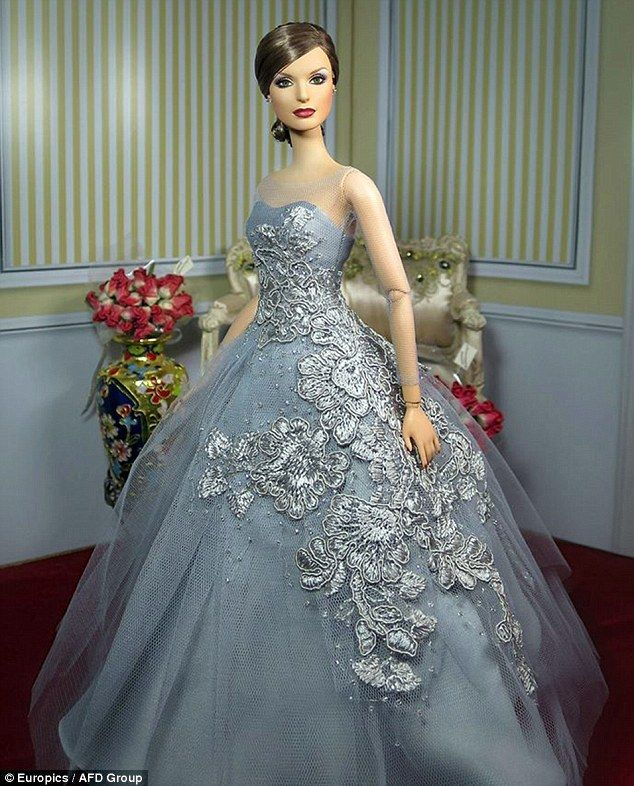 Queen Letizia of Spain has had an elegant Barbie doll made in her likeness for a doll exhibition in Madrid.  The doll formed part of the 'Fashion Doll...