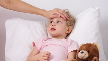 Bonjour les mamans, Tout d'abord la fièvre est une réponse physiologique de l'organisation pour se défendre contre les maladies infectieuses. Elle se manifeste par une élévation de la température du […]