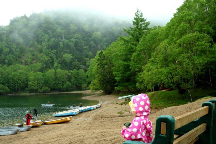 久しぶりのキャンプ! 今回は群馬県の『菅沼キャンプ村』 日光白根山の菅沼登山口にあるキャンプ場で自然豊か、菅沼が綺麗なキャンプ場です。 もちろんカヤック出来ます!。 ダメだったテント泊出来ます!。 どんなカヤックキャンプになったのでしょうか?! では早速っ♬