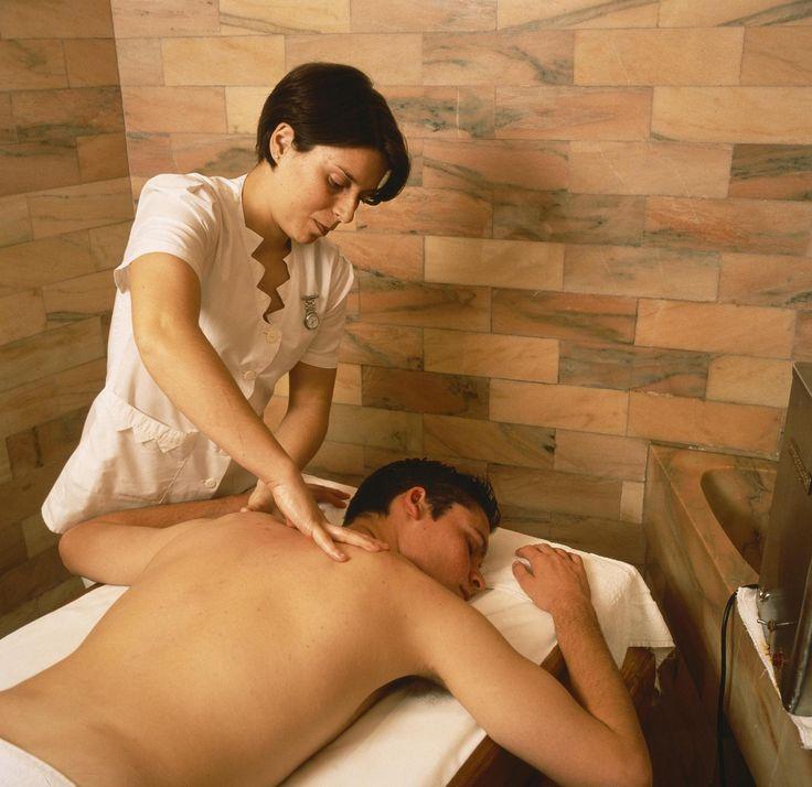 ESP: Masaje / EN: Massage. Aloe Spa (Gran Canaria).