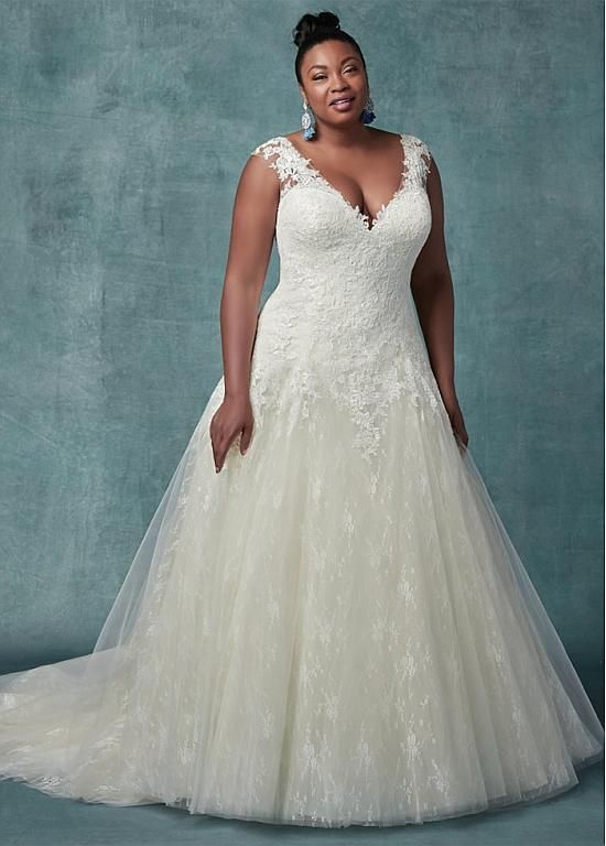 Magbridal Eye-catching Tulle V-neck Neckline A-line Plus Size Wedding Dresses With Lace Appliques