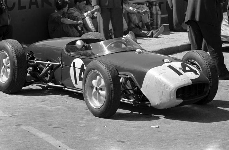 1960 Silverstone Jim Clark suffered a rare accident in qualifying and so used a patched up Lotus Climax 18 in the race to finish third