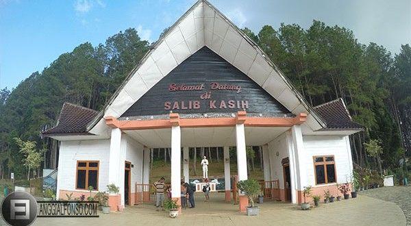 Wisata Rohani Bukit Salib Kasih Tarutung