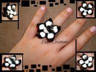 άσπρο και μαύρο λουλούδι
