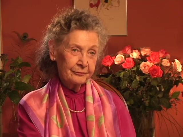Internationally renowned Jungian analyst and writer, Marion Woodman, discusses her personal analysis with Dr. E. A. Bennet in London, England. With characteristic honesty and humour, she shares the ups and downs of her own souls journey. This is excerpted from a series of interviews with Marlene Schiwy, produced by Principia Productions.