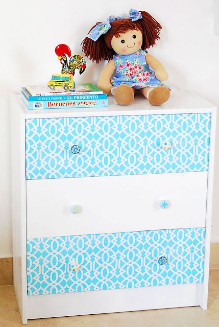 Awesome! I need to do this to the kids dressers!
