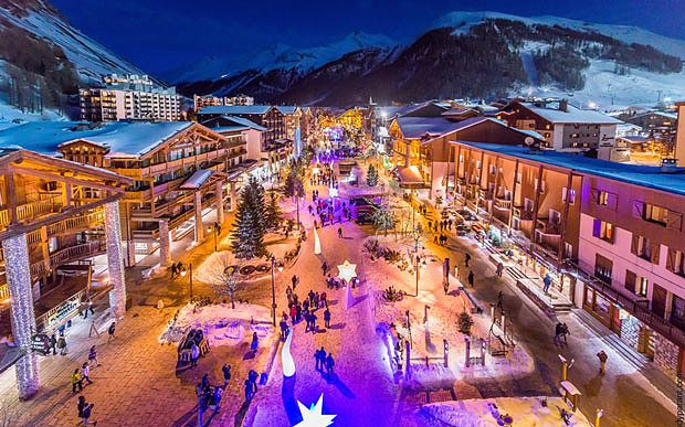 Val d'Isère sparkles at night