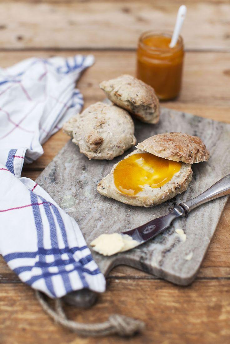 Bröd med bärskal: http://martha.fi/sv/radgivning/recept/view-93381-5031