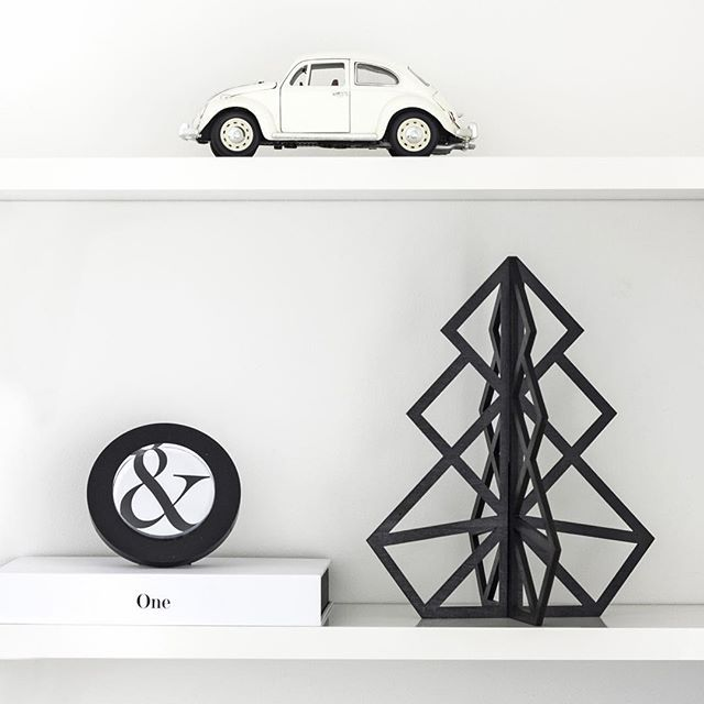 Time to inspire, new black Treepot 3D? #beandliv #sisustus #inredningsdesign #nordicdesign #tree #beetle #car #ambersand #blackandwhite #black