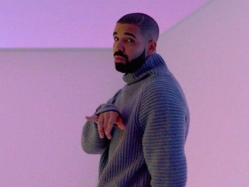 The Extended Version Of Drake's T-Mobile Super Bowl Commercial, Check It Out [VIDEO] https://t.co/f5ZaVgPFpQ
