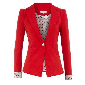 red coat!   http://www.fashiolista.com/style/zai08/