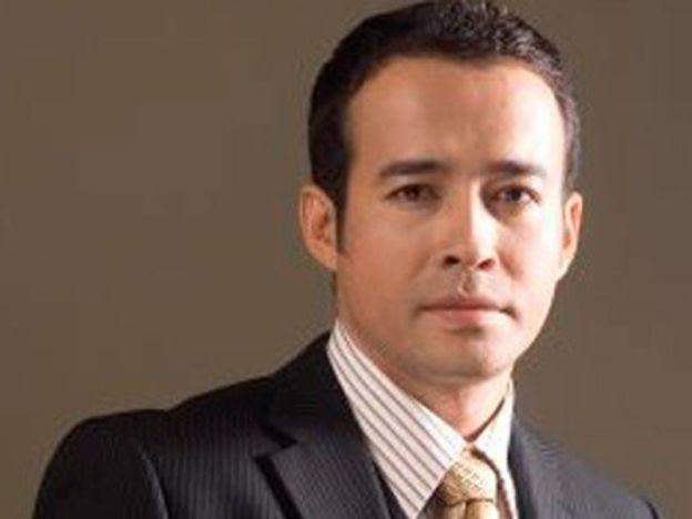 Dadah: Tony Eusoff didakwa di mahkamah Singapura   Tony Eusoff  PELAKONTony Eusoff dihadapkan ke mahkamah Singapuran atas tuduhan memiliki dadah. Tony atau nama sebenarnya Anthony Joseph Anak Hermas Rajiman 38 dituduh memiliki dadah terkawal Kelas A di bawah Akta Penyalahgunaan Dadah. Tony dituduh memiliki satu paket yang mengandungi tidak kurang daripada 4.56 gram cebisan bahan sayuran yang dianalisis dan didapati mengandungi campuran ganja semasa di dewan ketibaan bas penguasa Imigresen…