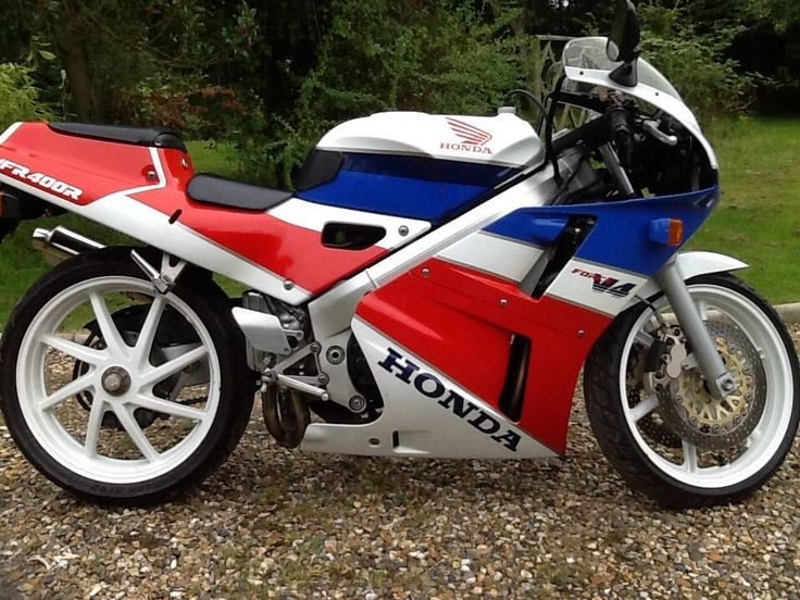 Honda VFR 400 NC 30  Excellent Original Condition .