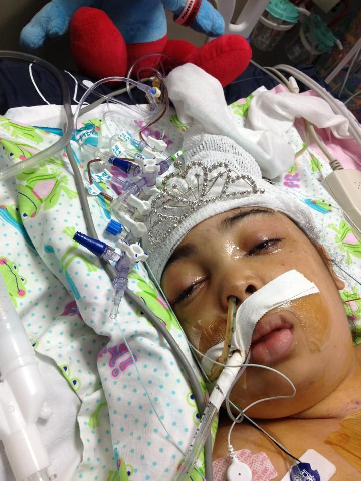 Everyone please pray. A little girl named Tatyana May (7 yrs old) just got a brand new heart which her body is rejecting. She went into caradiac arrest, they had to do cpr. Her little brain is swollen and the doctors say she has significant brain damage plus damage to her organs from doing cpr. She needs massive prayers for a miracle. Please pray for her.