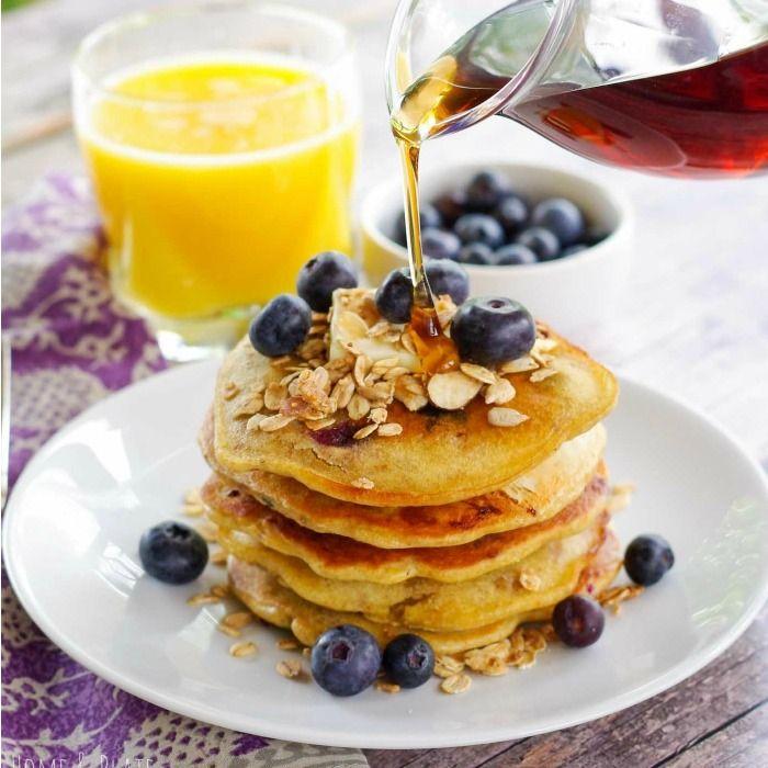 Blueberry Granola Pancakes – Dan330
