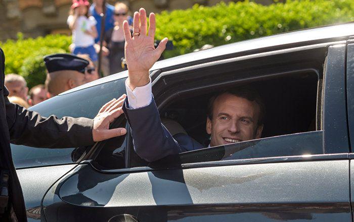 Sputnik Türkiye ///  Macron, Bastille Günü'nde bir geleneği yıkacak