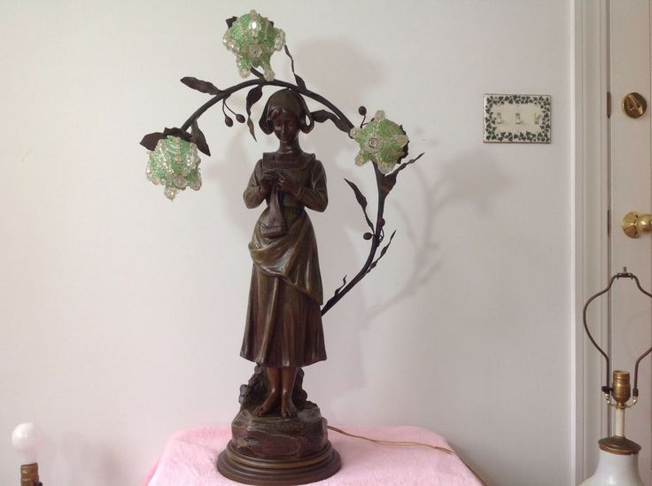 This lamp is both impressive in size as well as beauty. This is an extremely large lamp and very seldom found in such a wonderful size. A fine decorative touch for any room or decor. Fine addition to any collection. | eBay!