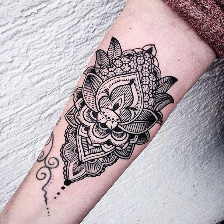 76 best black work dot work tattoos images on pinterest for Good tattoo parlors near me