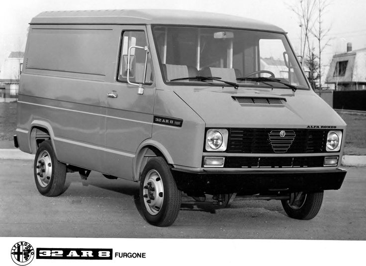 Alfa Romeo 32AR8 Furgone