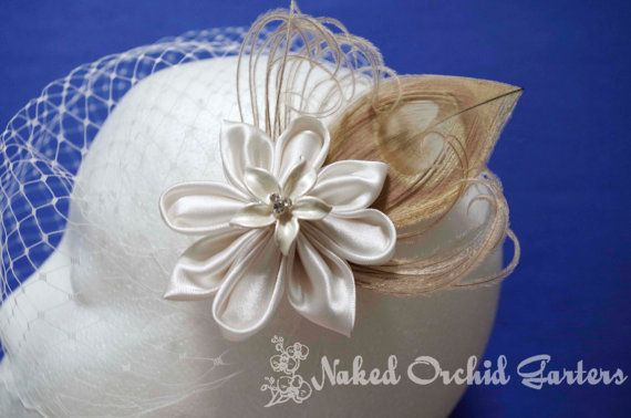 Champagne Peacock Hair Clip, Feather Fascinator, Ivory Wedding Hair Clip,  Ivory Flower Hair Clip