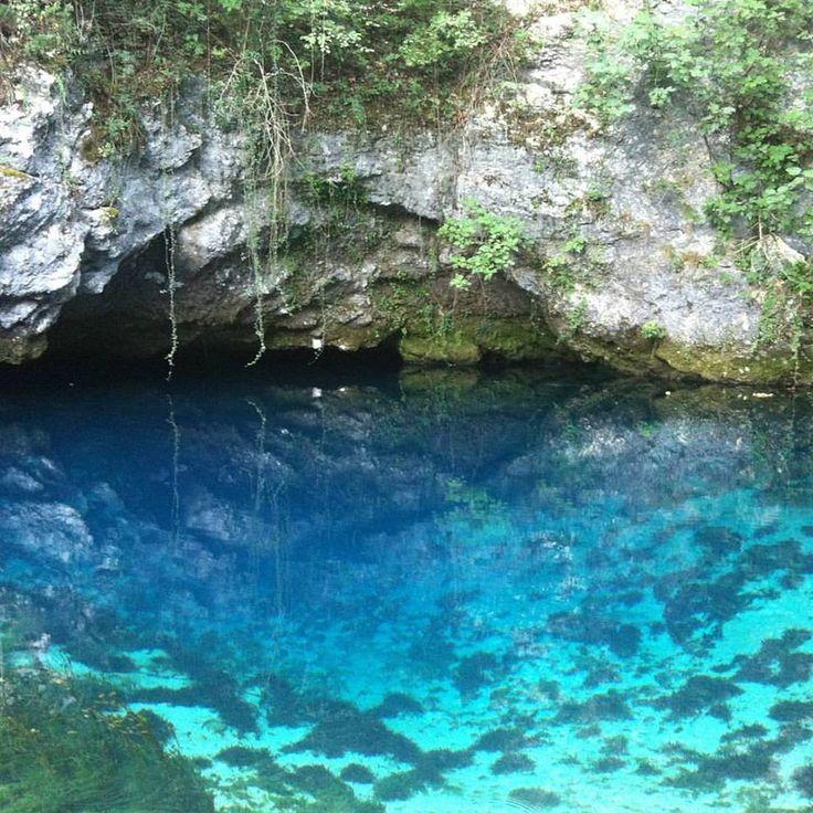Meraviglioso Azzurro della sorgente del Gorgazzo.