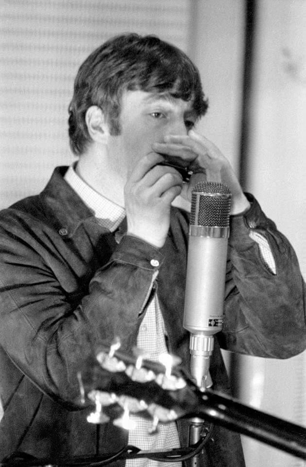 294 best images about John Lennon on Pinterest | Ringo ...  294 best images...