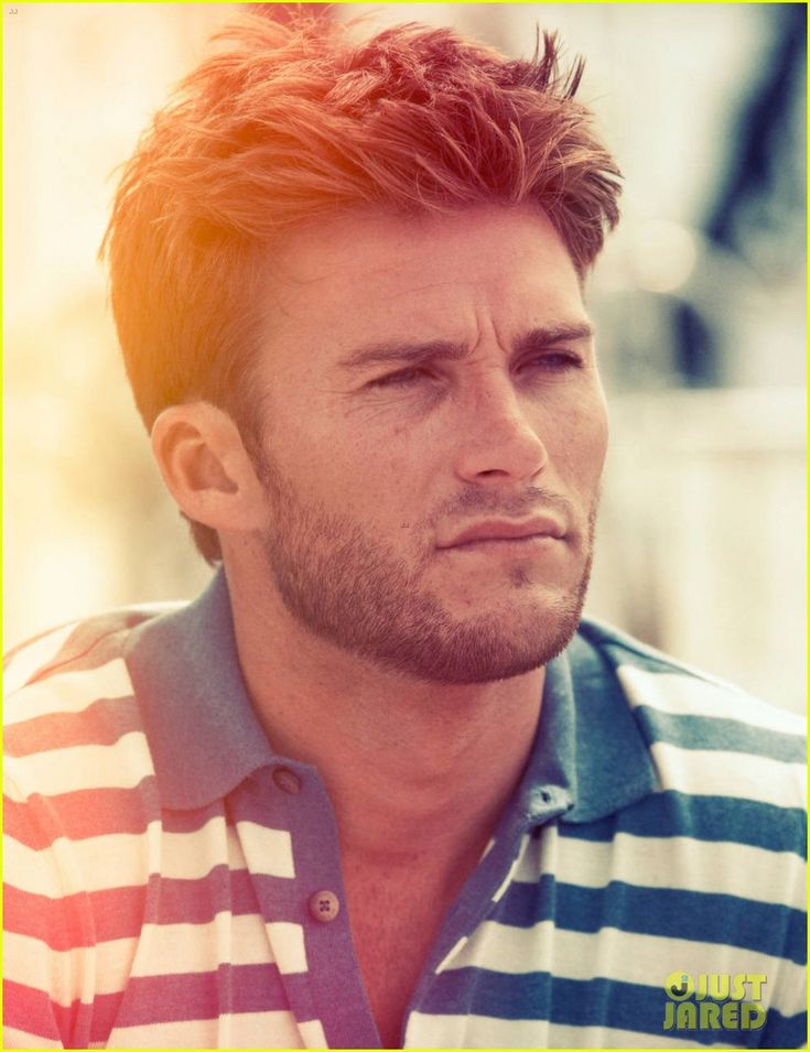 Scott Eastwood Looks so much like his Daddy