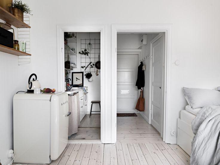 Best 25+ Tiny studio apartments ideas on Pinterest   Tiny studio ...