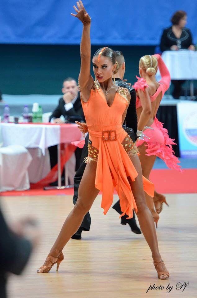 latin dress☆ Robe danse latine, Danse de salon et Danse