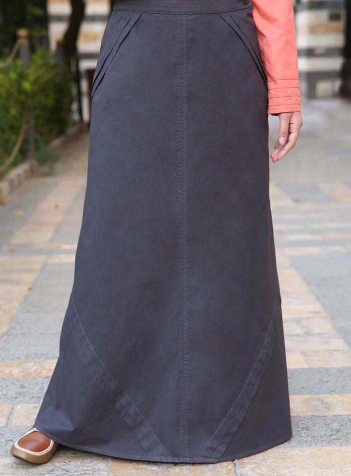 SHUKR USA   Angled Pleated Skirt
