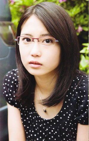 志田未来の眼鏡っ娘