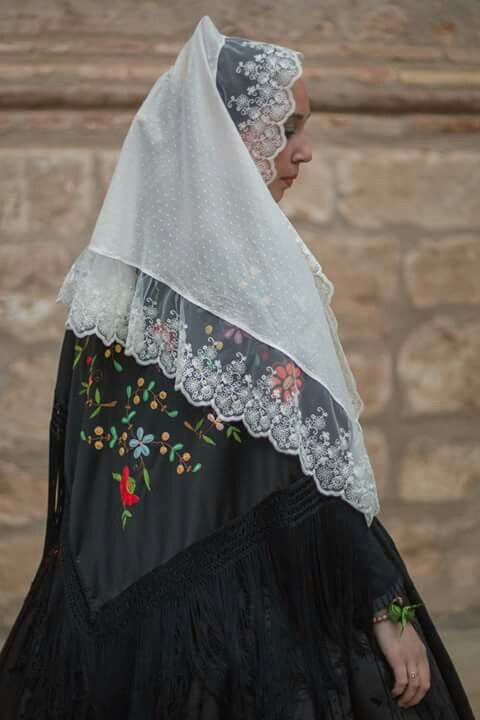 Basquiña valenciana