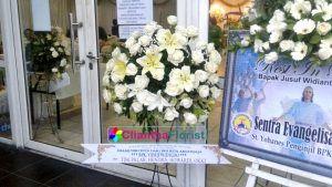 Bunga duka cita di rumah duka adijasa Surabaya