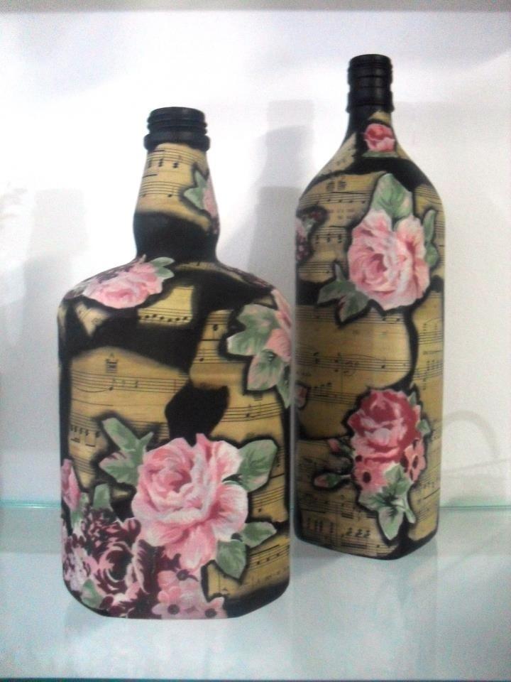 Botellas pintadas manualidades vidrio pinterest for Botellas de vidrio decoradas para navidad