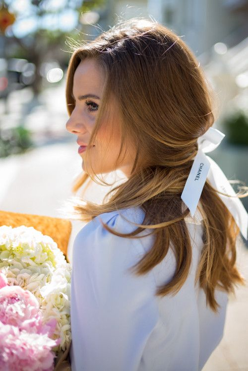 GMG Now 4 Quick, Romantic Hairstyles -http://now.galmeetsglam.com/post/454726/2017/4-quick-romantic-hairstyles/
