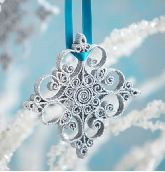 DIY Quilled Snowflake Ornament