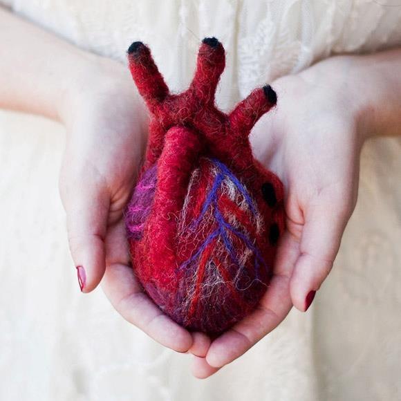 YARNING HEART?