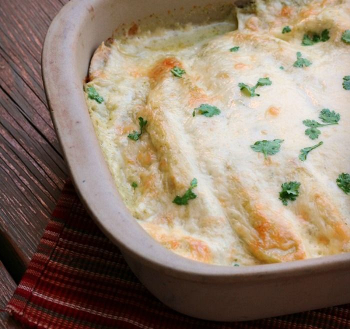 FAN-FREAKING-TASTIC! These Creamy Cilantro Verde Enchiladas are one of the BEST things I