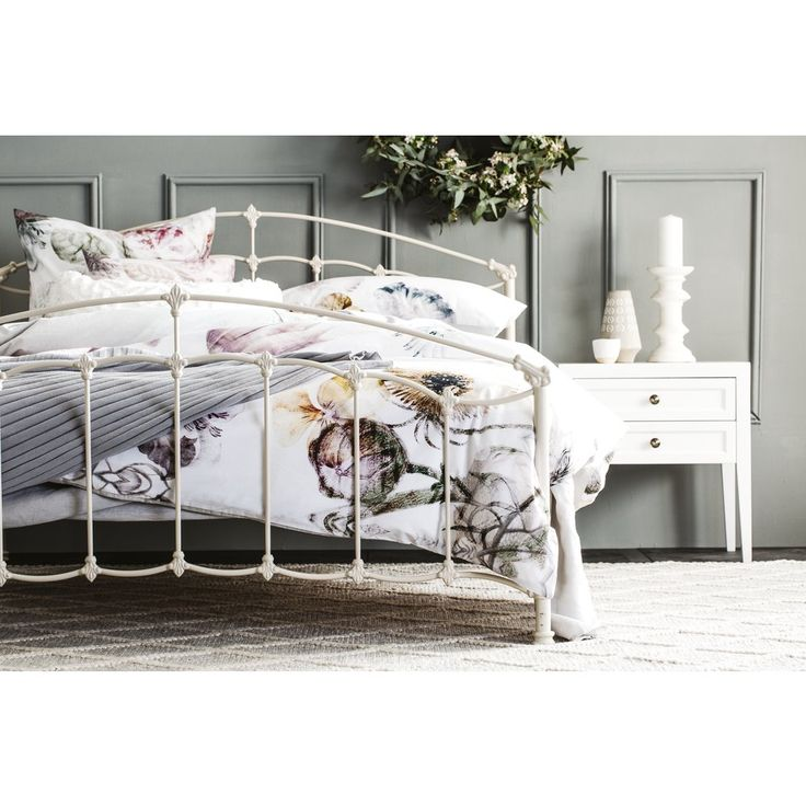 Snooze has a range of beds available in various sizes, colours & styles. Browse online and choose from our single, double, queen & king bed frames today!