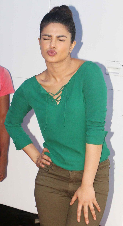 Priyanka Chopra pouts for the cameras at Mehboob Studio in Bandra, Mumbai. #Bollywood #Fashion #Style #Beauty #Hot #Sexy