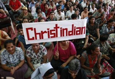 India: Pastor and church members beaten after 50 Hindu nationalists storm prayer meeting | Christian News on Christian Today