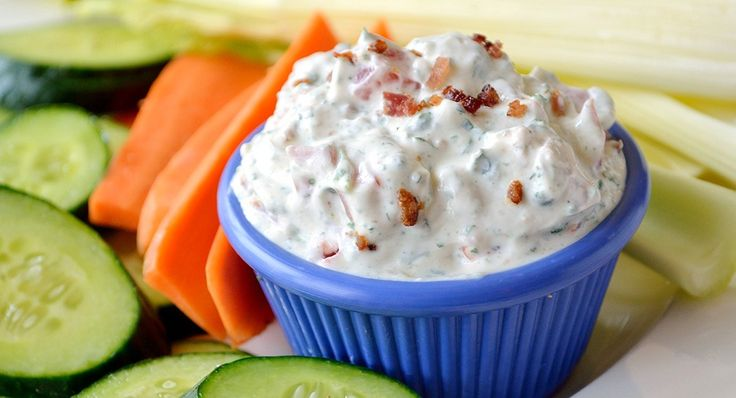 Spinach Tomato and Bacon Dip : McCormick.com