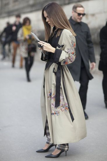 Très Chic! The Best Street Style at Paris Fashion Week: This luxurious kimono-style coat was a showstopper on the street.