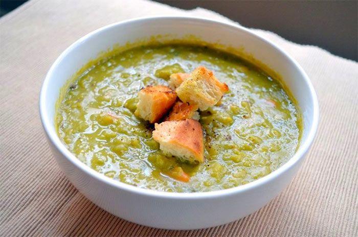 Суп-пюре из гороха с сухариками. Рецепт приготовления блюда