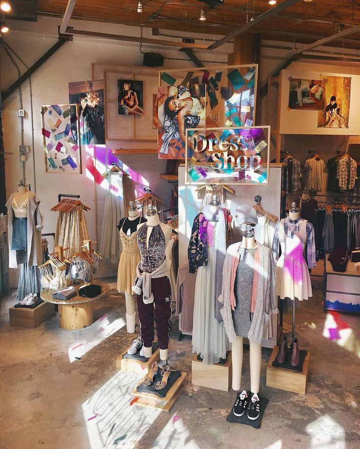 """URBAN OUTFITTERS, Miami, Florida, """"All dressed up....and nowhere to go"""", pinned by Ton van der Veer"""