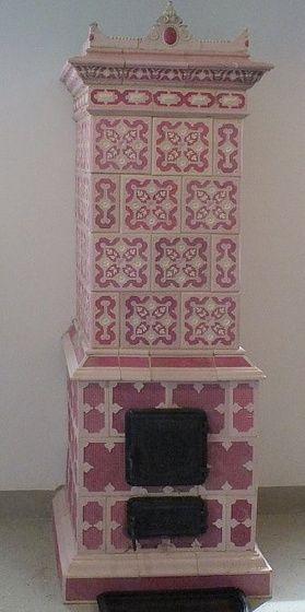 Zsolnay pink cserépkályha
