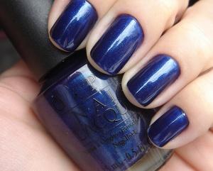Navy blue nail polish #mybetsonBetts