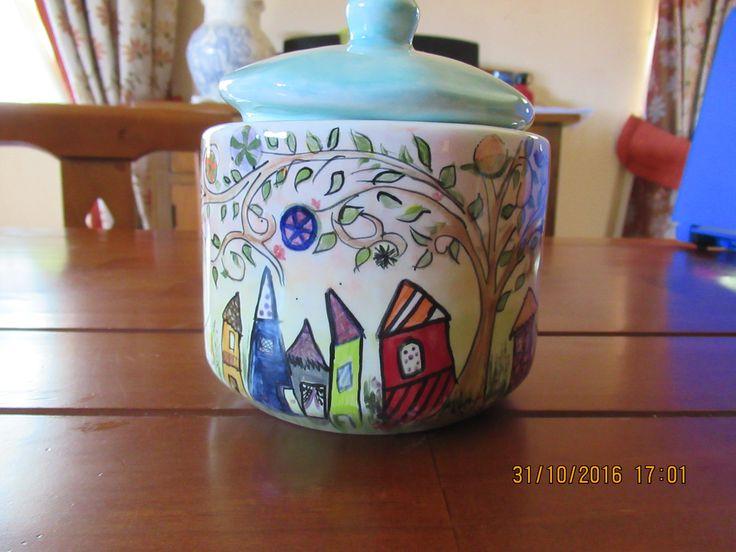 cerámica pintada a mano, salero para muralla