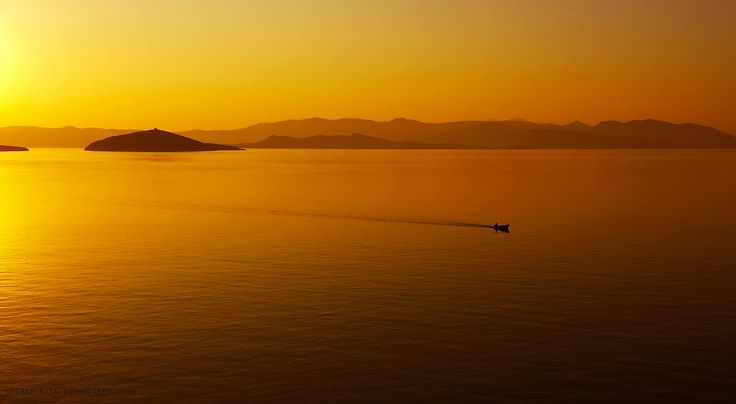 Samsung Galay S4 - Gouden lucht @ Agia Marina, Greece