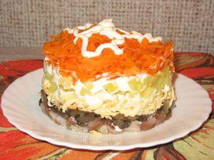 Лисья шубка салат со шпротами